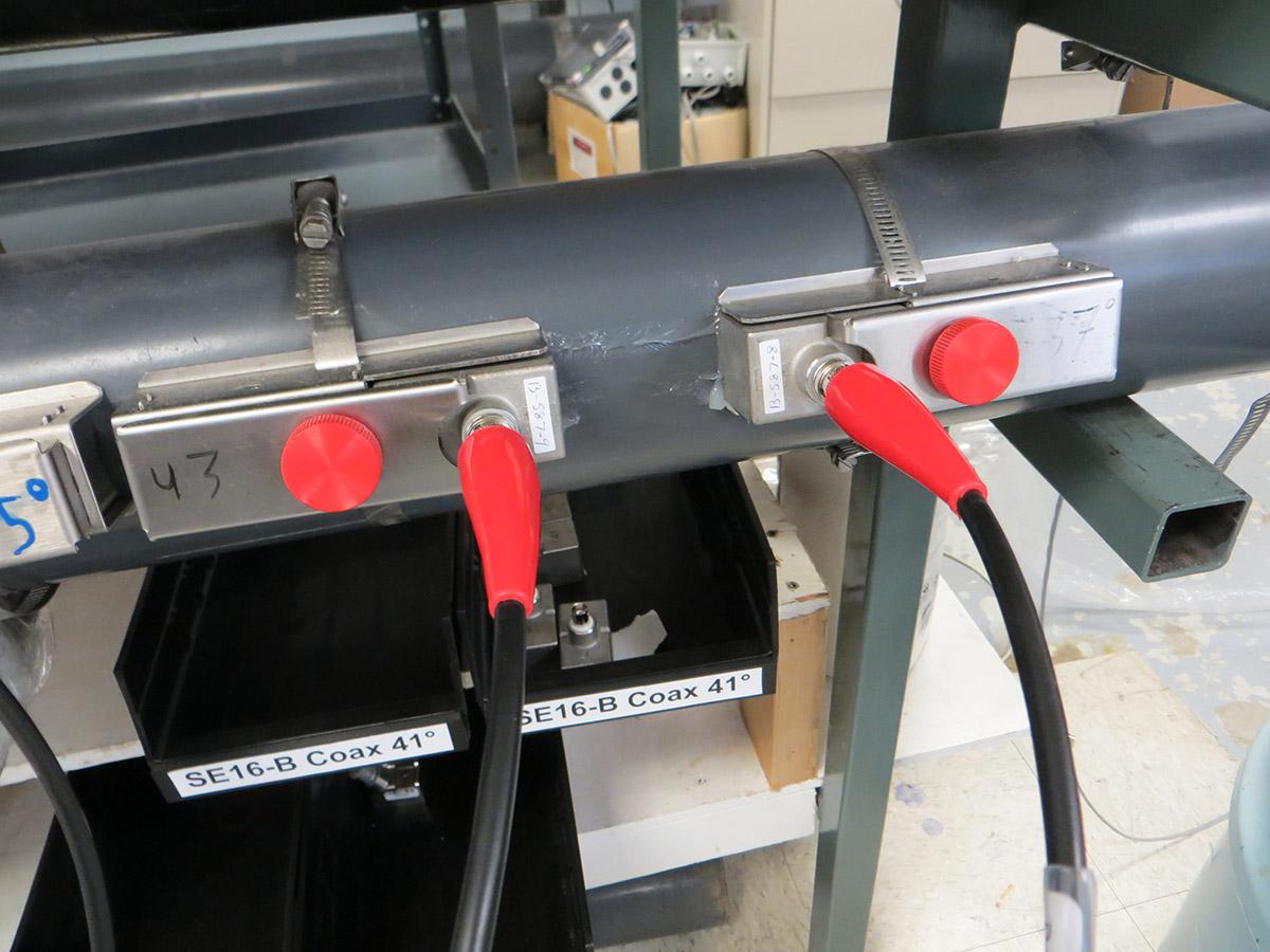 TTFM sensors on a pipe