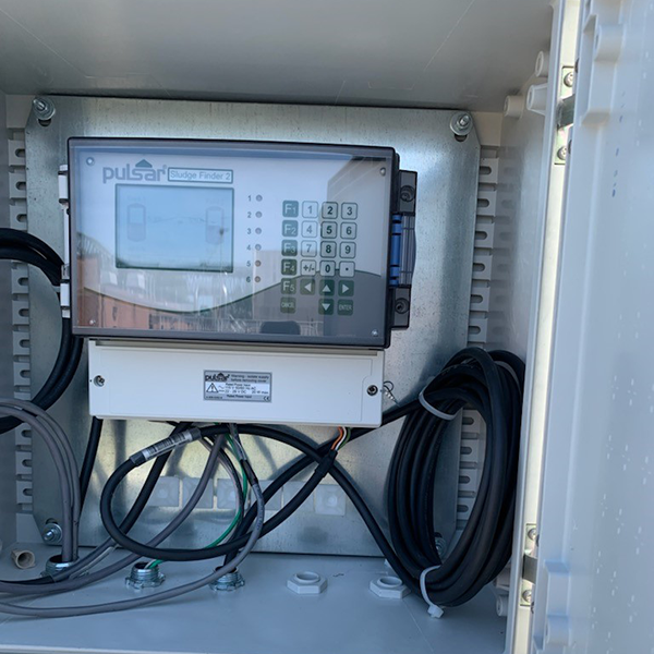 Sludge Finder 2 mounted in a panel box